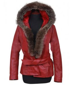 goldie-hawn-the-christmas-chronicles-2-mrs-claus-leather-coat